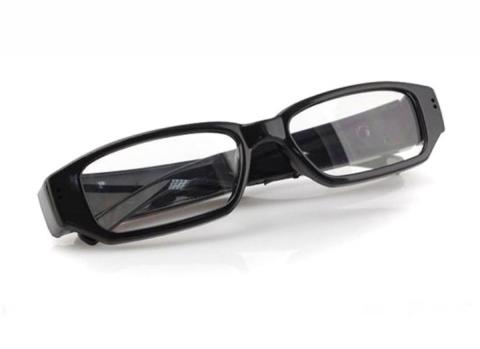 משקפיים עם מצלמה